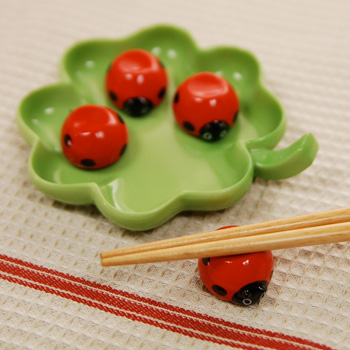 clover ladybug chopsticks rest