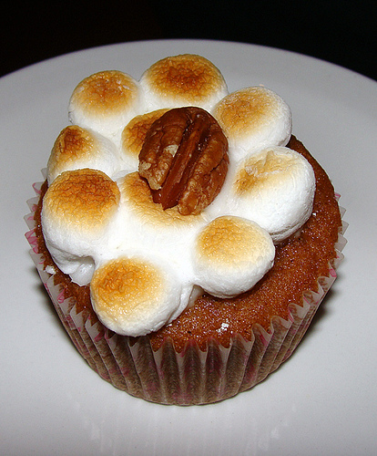 sweet potato casserole cupcake