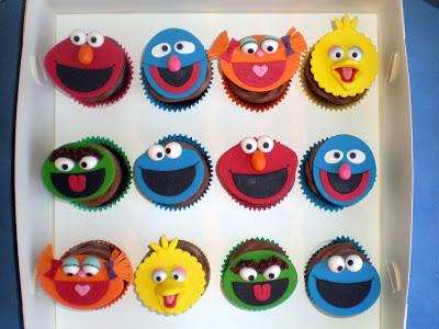 flat fondant sesame street cupcakes