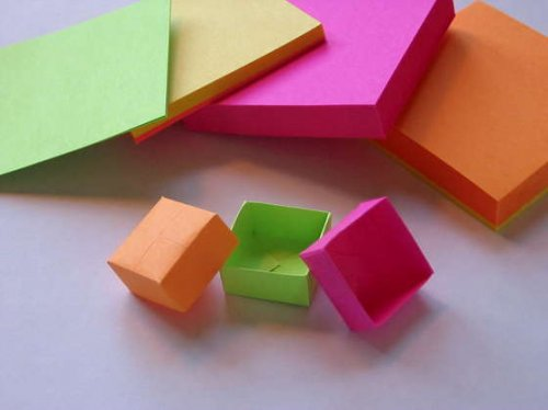 post-it note origami