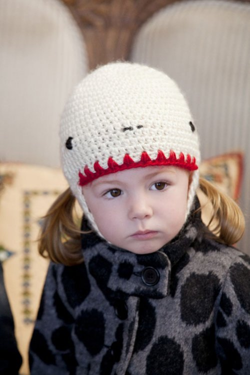 crochet Yeti pattern hat for toddlers