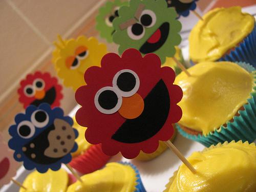 paper sesame street cupcake toppers diy