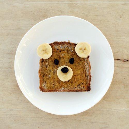 bear banana toast